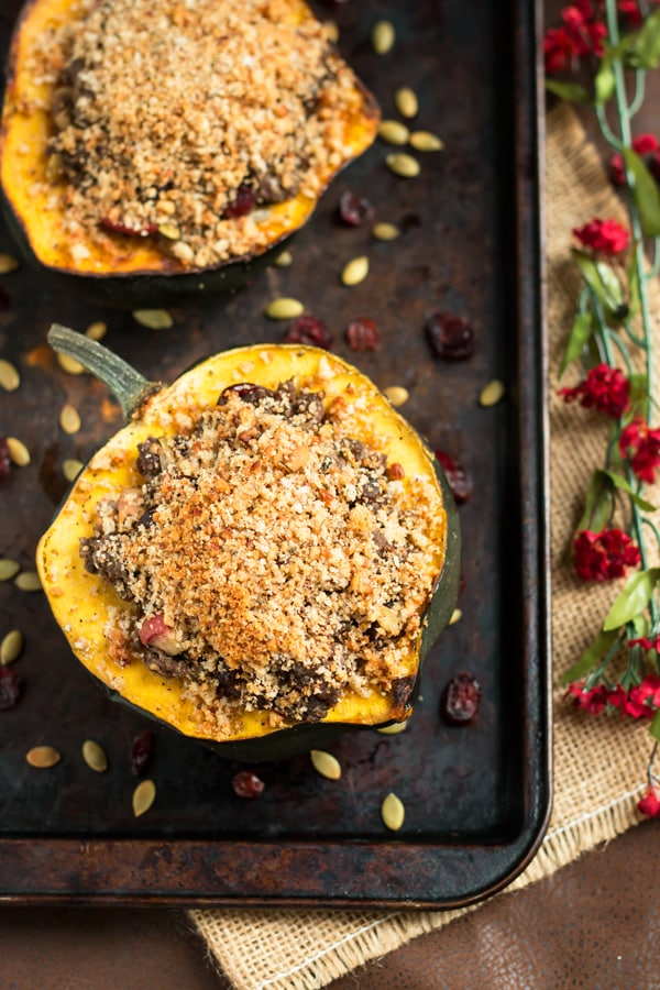 Stuffed Acorn Squash with Apple and Pumpkin Seeds