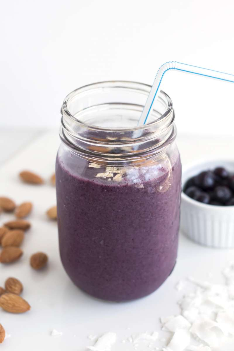 Blueberry & Oats Breakfast Smoothie