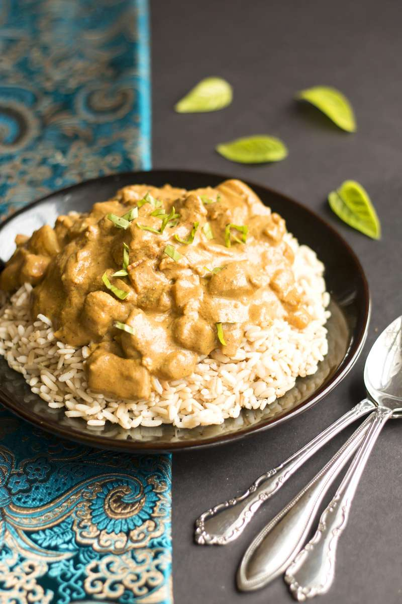 Coconut Milk Chicken Curry | A gluten free chicken curry dinner recipe that is made with coconut milk.