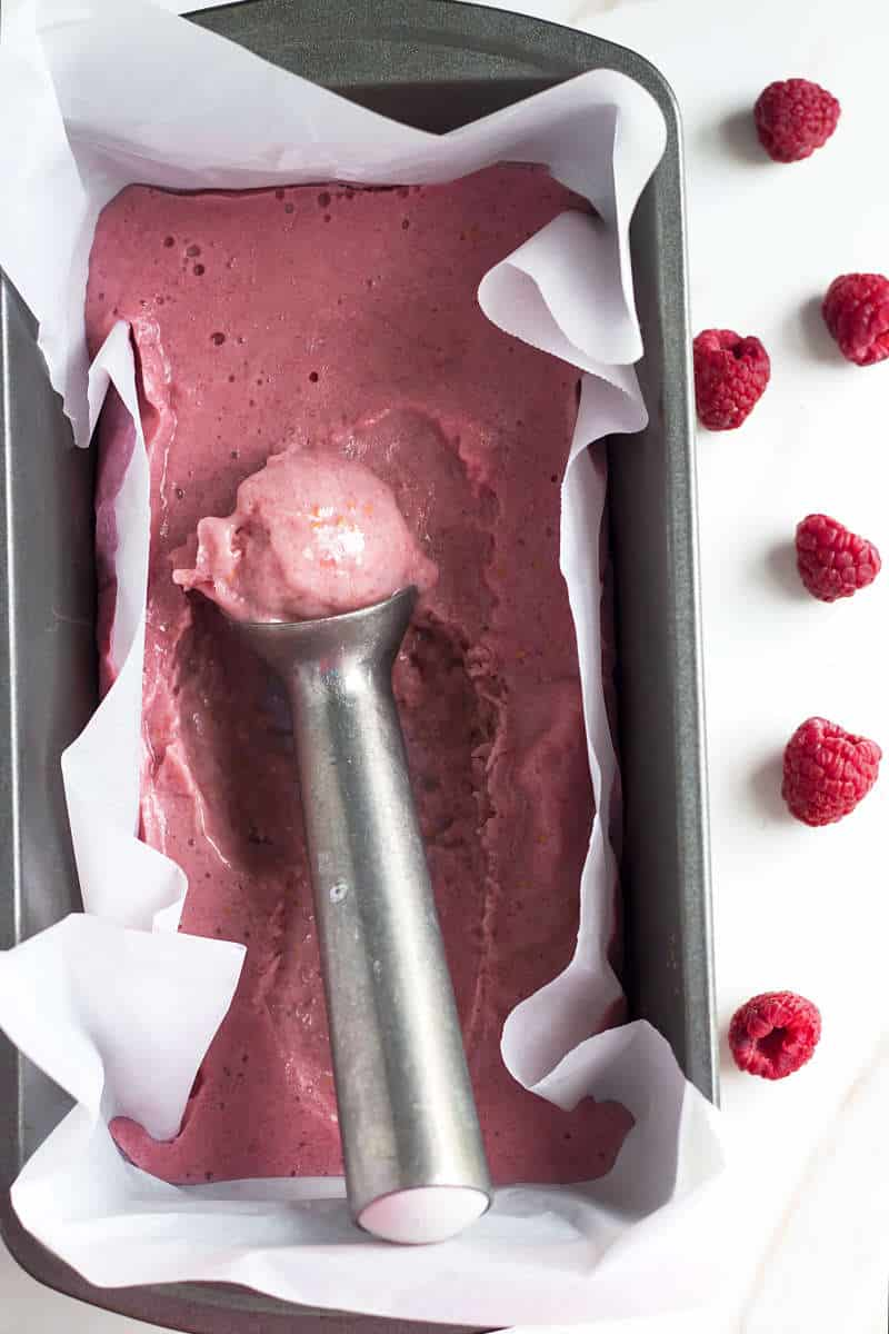 Raspberry Banana Ice Cream | Gluten Free with L.B. | An easy raspberry and banana ice cream recipe.