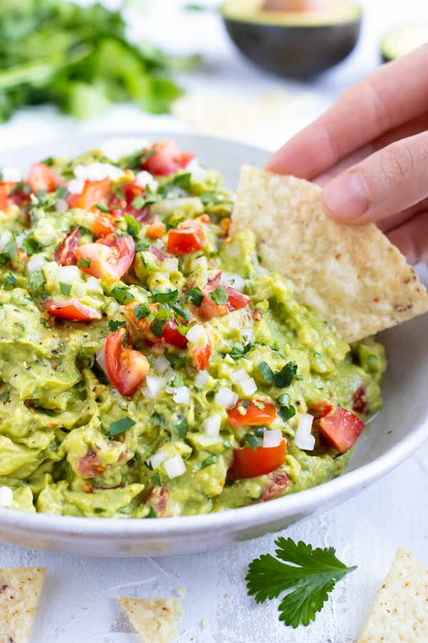 Easy Homemade Guacamole Recipe Evolving Table