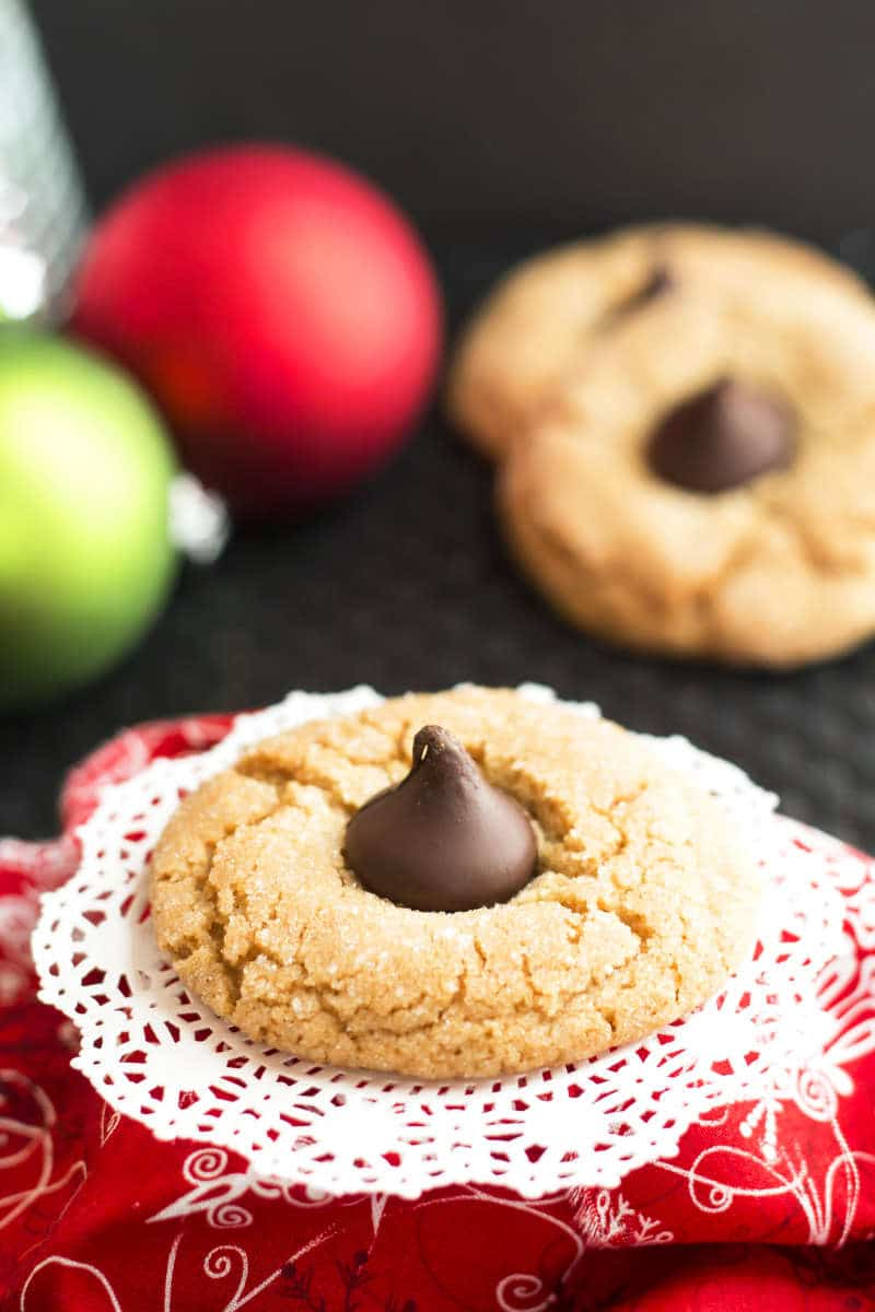 Peanut Butter Kisses | A gluten free peanut butter recipe with Hershey kisses. A great Christmas cookie to celebrate the holidays!