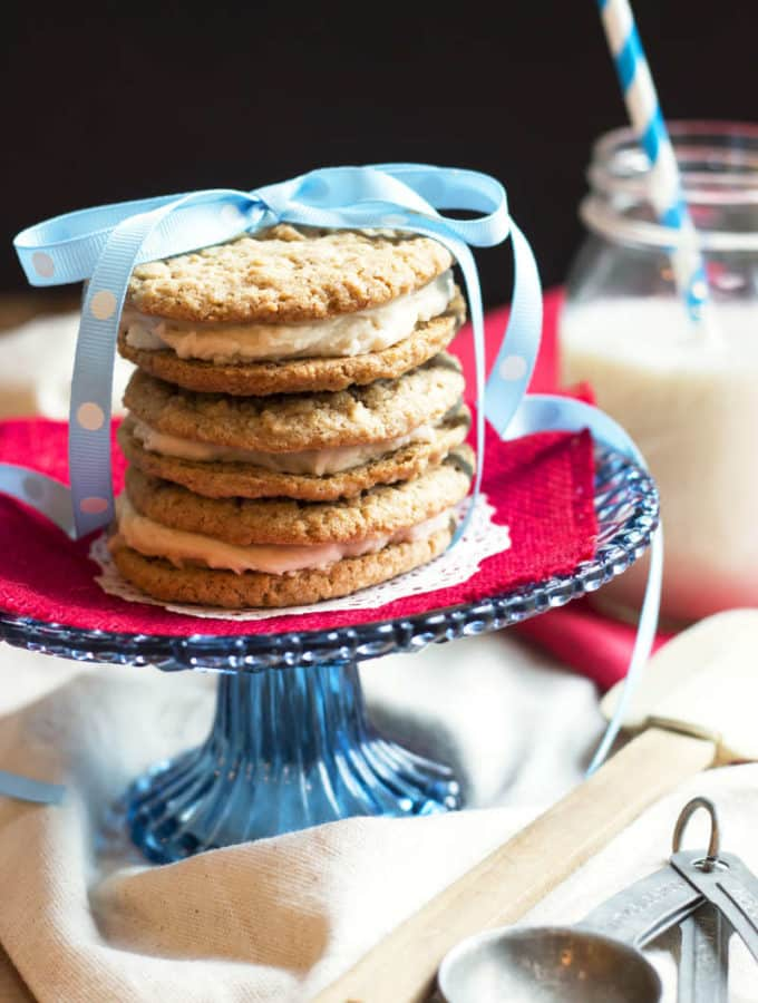 """Little Debbie"" Oatmeal Creme Pies from Scratch 