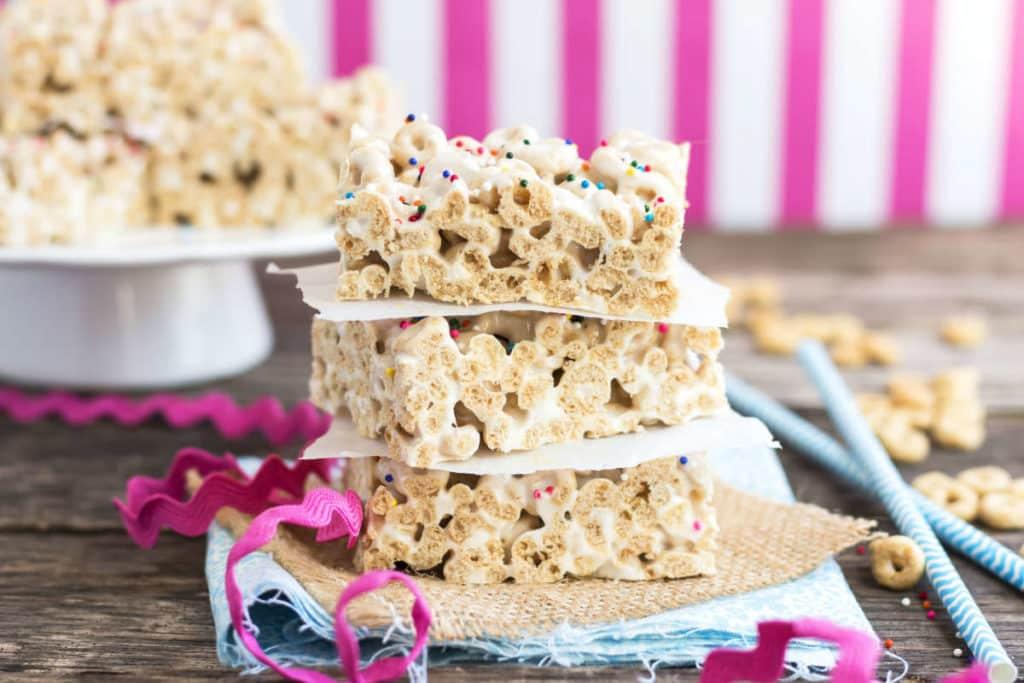 Honey Nut Cheerio Treats | Gluten Free with L.B.