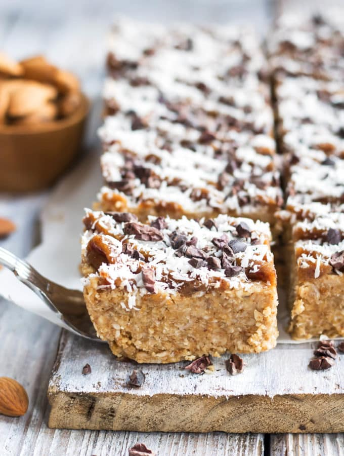 Healthy No Bake Magic Bars | A gluten free and vegan dessert recipe for bars made out of nuts, coconut, maple syrup and cacao nibs.