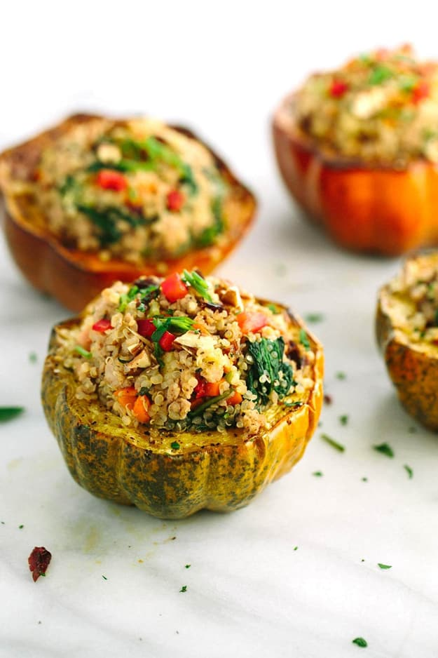 15 Gluten Free Stuffed Squash Recipes | Stuffed zucchini, spaghetti squash, acorn squash, pumpkin and butternut squash stuffed recipes for a healthy gluten free dinner.