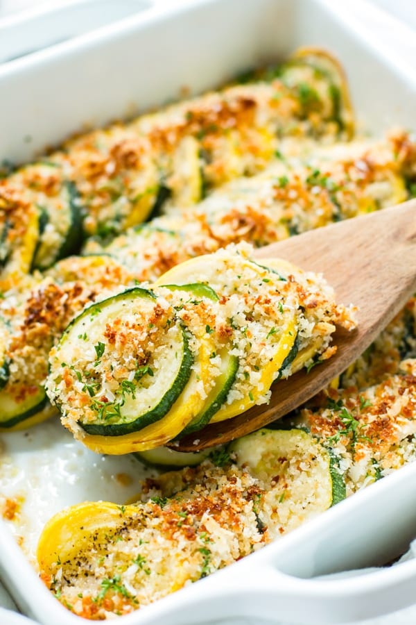 Healthy Summer Squash Casserole with Zucchini and Yellow Squash | Use up all of your summer squash in this super easy and healthy summer squash casserole.  This squash and zucchini casserole is a quick side dish for any meal!