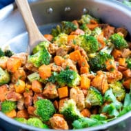An easy one-pot honey BBQ chicken and broccoli recipe.