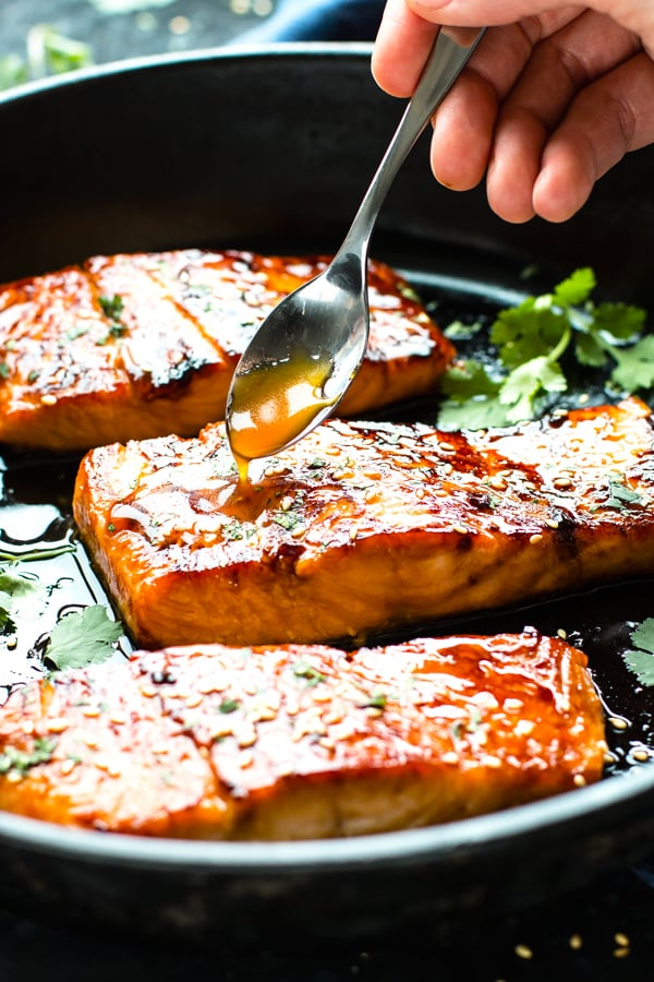 Honey Sriracha Glazed Salmon | Low-Carb Dinner Recipe