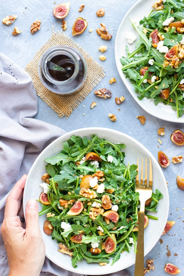 Arugula Fig Salad with Balsamic Vinaigrette Dressing