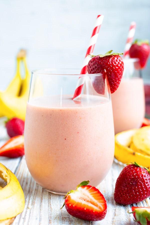 4 Ingredient Strawberry Banana Smoothie Evolving Table