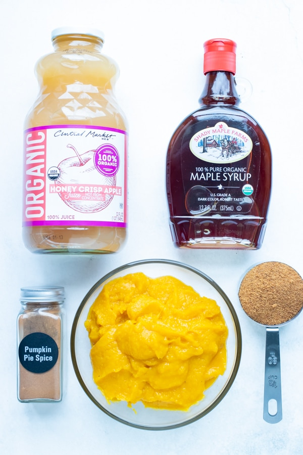 Pumpkin puree, apple juice, coconut sugar, maple syrup, and pumpkin pie spice are the ingredients in this pumpkin butter recipe.