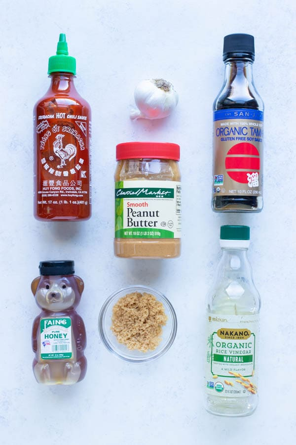 Sriracha, soy sauce, peanut butter, honey, rice vinegar, garlic, and sugar are the combinations in this sauce recipe.