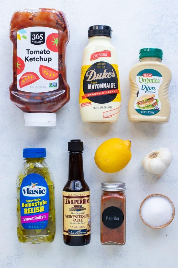 Mayo, ketchup, mustard, worcestershire, relish, salt, lemon juice, and seasonings are the ingredients in this recipe.